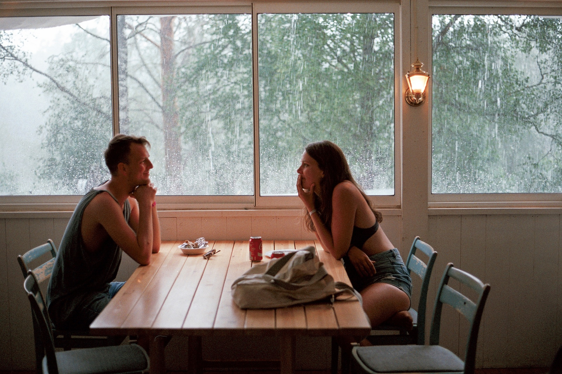 Ein romantisches erstes Date oder das Vorspiel zu heißem Sex? Immer öfter verschwimmen die Grenzen zwischen Sex-Date und großen Gefühlen.